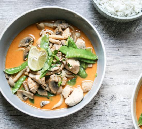 Thaise curry met kip en champignons